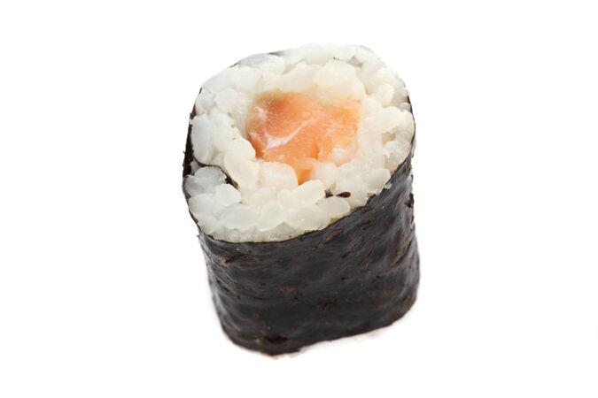 三文鱼卷寿司是白色的